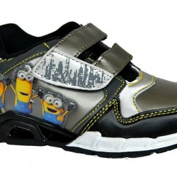 Minions Boys Light-up Trainers (Size 28)