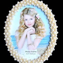 Oval Pearl Photo frames