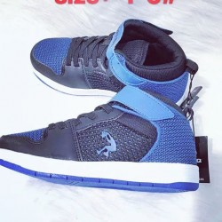 BOYS BLUE SNEAKERS