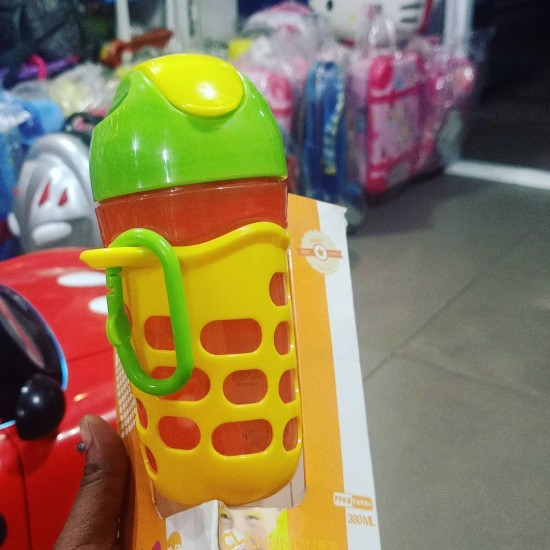 Chunlin Toddler straw bottle