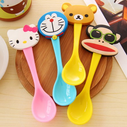 Character Kids Plastic Spoons assorted
