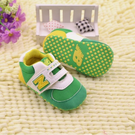 NEW BALANCE BABY BOY PREWALKER SNEAKERS - Green & Yellow (size 2, 3)