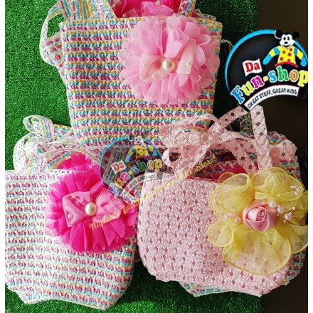 Kids Flower Straw Handbags-assorted colors