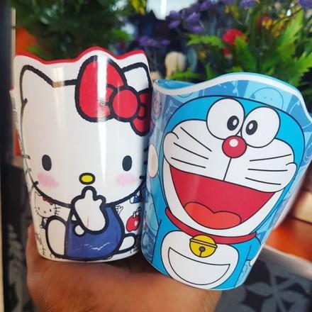 Kids Drinking Cups - Hello Kitty and Doraemon designs