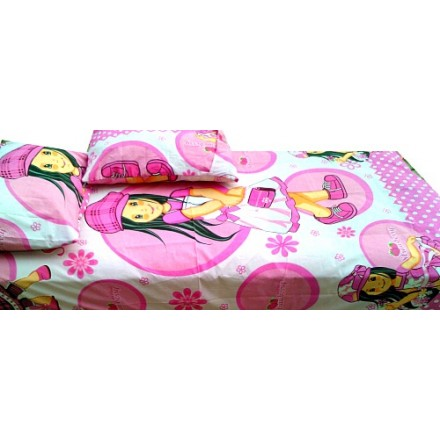Strawberry & Friends Bedsheet & 2 pillows - 4ft x 6ft